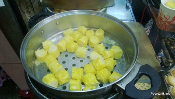 Chiny - Hongkong - coś żółtego do jedzenia - kwiecień 2013