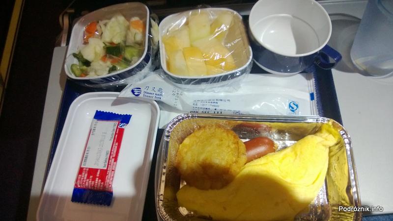 China Southern - Airbus A330 - CZ345 - B-6500 - Klasa ekonomiczna (Economy Class) - jedzenie w samolocie - śniadanie - kwiecień 2013