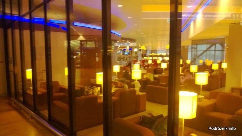 Holandia - Lotnisko w Amsterdamie - Amsterdam Airport Schiphol KLM Crown Lounge - miejsce do wypoczynku - kwiecień 2013