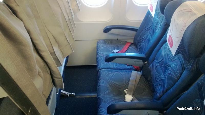 CSA Czech Airlines - CSA Czeskie Linie Lotnicze - Airbus A319 - OK-MEK - OK617 - Klasa ekonomiczna - odstęp między fotelami - kwiecień 2013