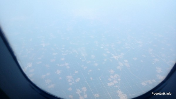Chiny - widok z okna podczas przelotu z Pekinu do Hongkongu - kwiecień 2013