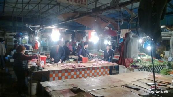 Chiny - Shenzhen - stoisko mięsne - kwiecień 2013