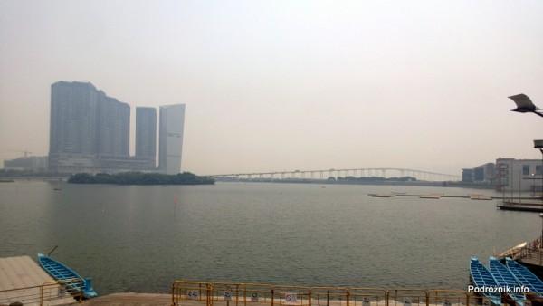 Chiny - Makao - most łączący półwysep z wyspą - kwiecień 2013