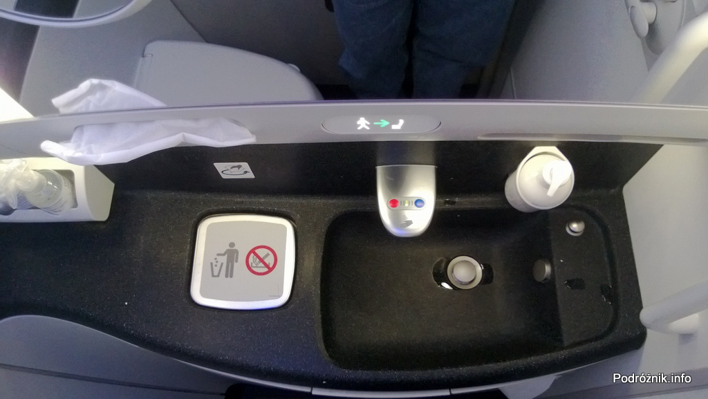 Polskie Linie Lotnicze LOT - Boeing 787 Dreamliner (SP-LRA) - Klasa Biznes (Elite Club) - łazienka - umywalka - czerwiec 2013