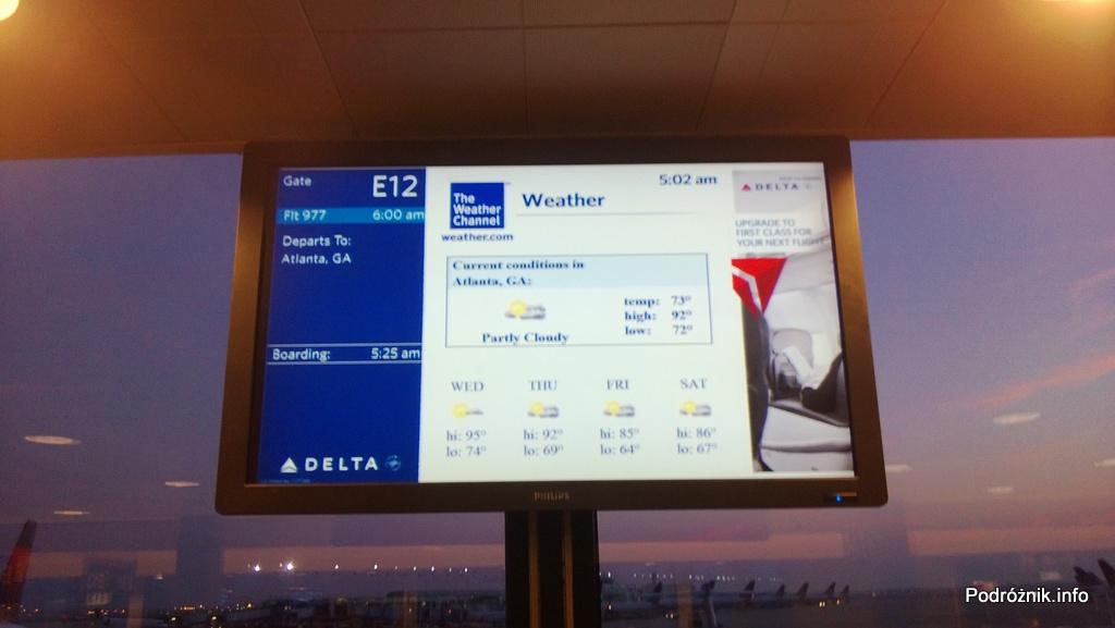 USA - Chicago O'Hare International Airport (ORD) - przy bramce Delta Airlines (DL) - pogoda w mieście docelowym (Atlanta) - czerwiec 2013