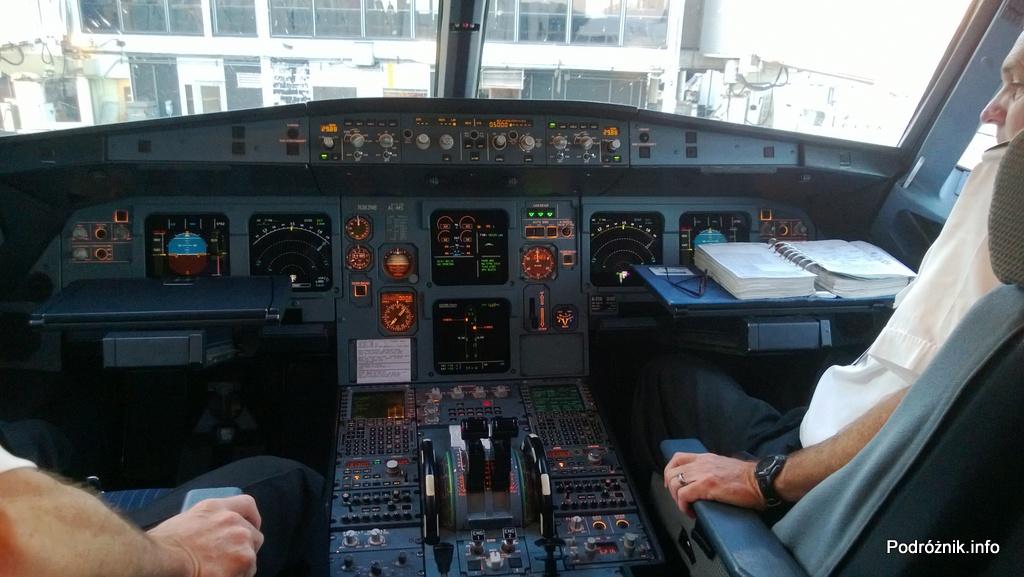 Delta Airlines - Airbus A319 - N362NB - DL977 - kokpit przed startem - czerwiec 2013