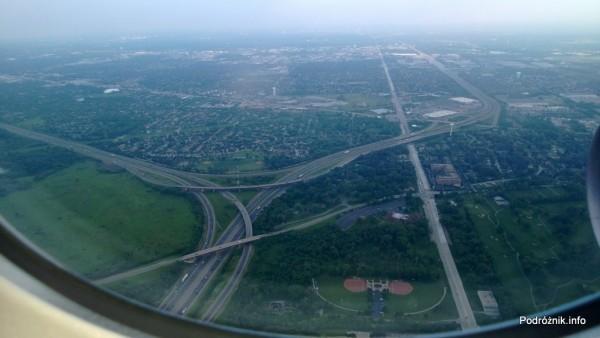 USA - przedmieścia Chicago z lotu ptaka - skrzyżowanie autostrad I355 i I290 przy Foxdale Park - czerwiec 2013