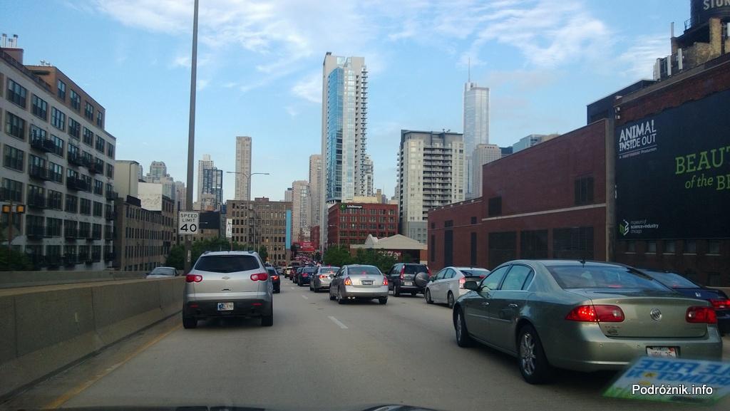 USA - wydzielone linie expresowe autostrady do Chicago- korek przy wjeździe do miasta - czerwiec 2013
