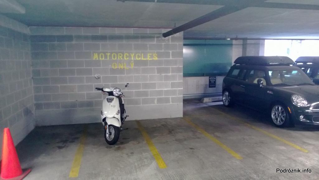 USA - Chicago - parking wielopoziomowy - miejsce do parkowania dla motocykli - czerwiec 2013
