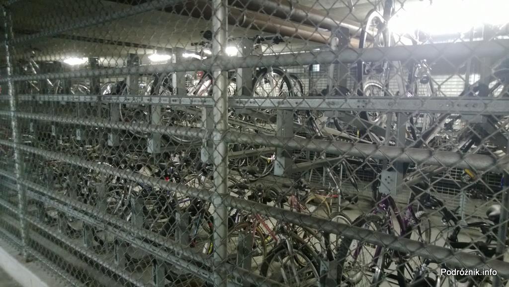 USA - Chicago - dwupoziomowy parking rowerowy - czerwiec 2013