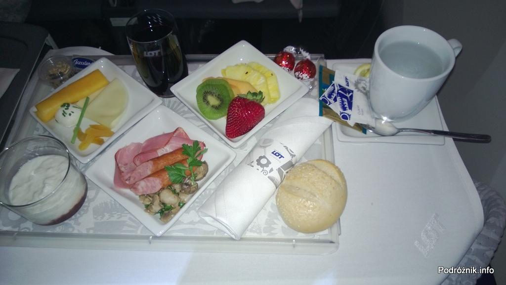 Polskie Linie Lotnicze LOT - Boeing 787 Dreamliner (SP-LRA) - Klasa Biznes (Elite Club) - jedzenie w samolocie - śniadanie - czerwiec 2013