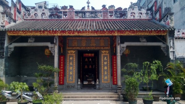 Chiny - Makao - Hong Kung Miu Temple - kwiecień 2013