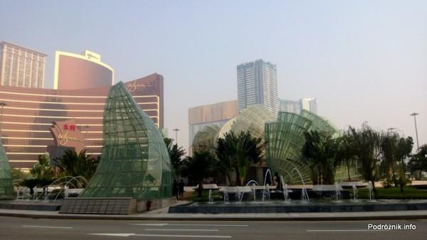 Chiny - Makao - okolice Grand Lisboa Casino - kwiecień 2013