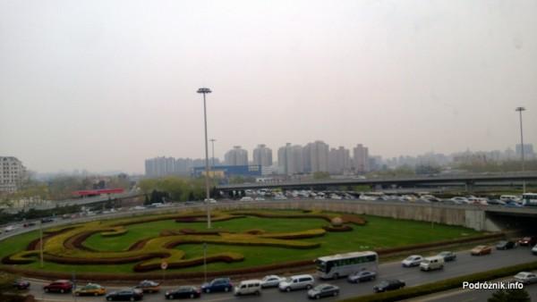 Chiny - Pekin - Airport Express - zakorkowane skrzyżowanie autostrad - kwiecień 2013