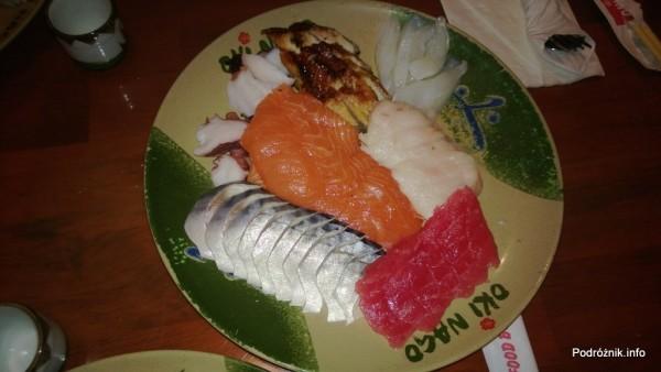 USA - Metairie przedmieścia Nowego Orleanu - Oki Nago Japanese Seafood Buffet - talerz z sashimi - czerwiec 2013