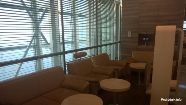 Polska - Warszawa - Lotnisko Chopina - LOT Business Lounge Polonez - część z miękkimi fotelami - maj 2014