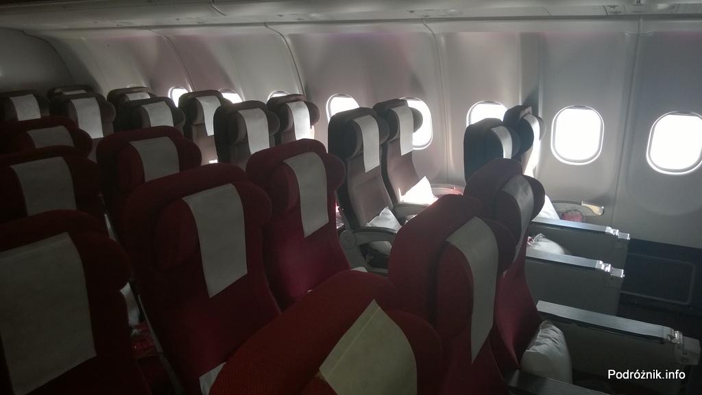 Virgin Atlantic (VS) - Airbus A330 - G-VWAG (Miss England) - wnętrze - fotele w klasie ekonomicznej - maj 2014
