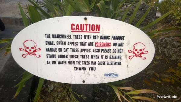 Barbados - Ostrzeżenie pod drzewem Manchineel - maj 2014