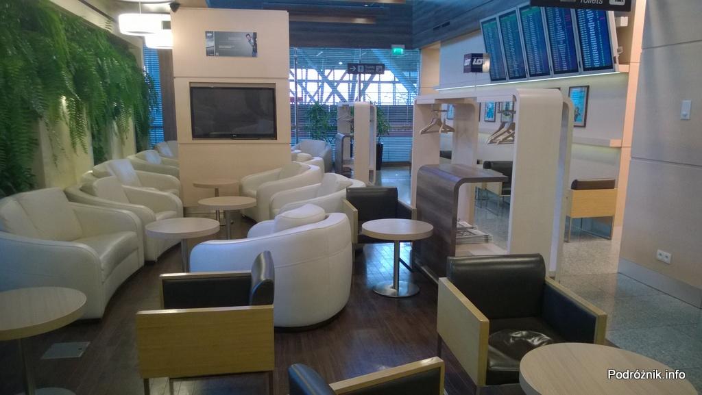 Polska - Warszawa - Lotnisko Chopina - LOT Business Lounge Polonez - miejsca do odpoczynku - wrzesień 2014