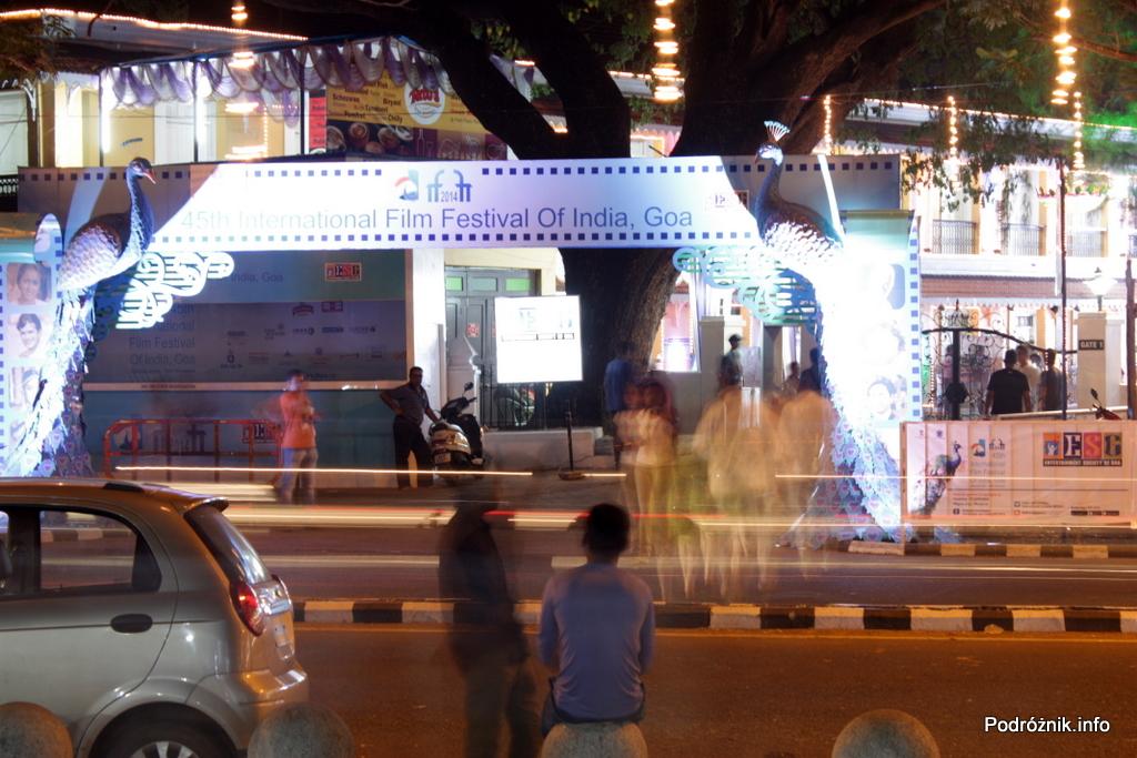 Goa - Panaji nocą - przed terenem 45 Indyjskiego Międzynarodowego Festiwalu Filmowego - listopad 2014