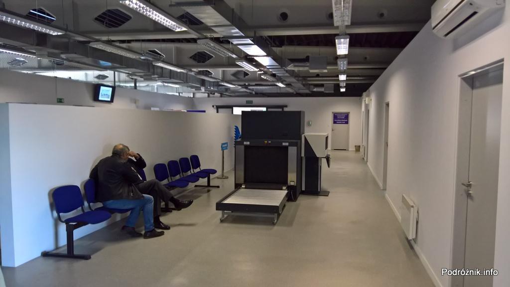 Polska - Babimost - Port Lotniczy Zielona Góra - maszyna do skanowania bagażu - wrzesień 2017