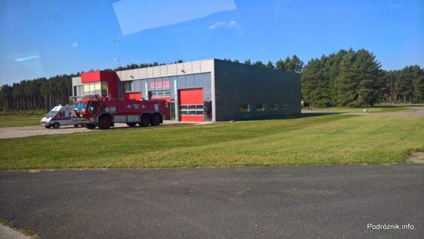 Polska - Babimost - Port Lotniczy Zielona Góra - budynek lotniskowej straży pożarnej - wrzesień 2017