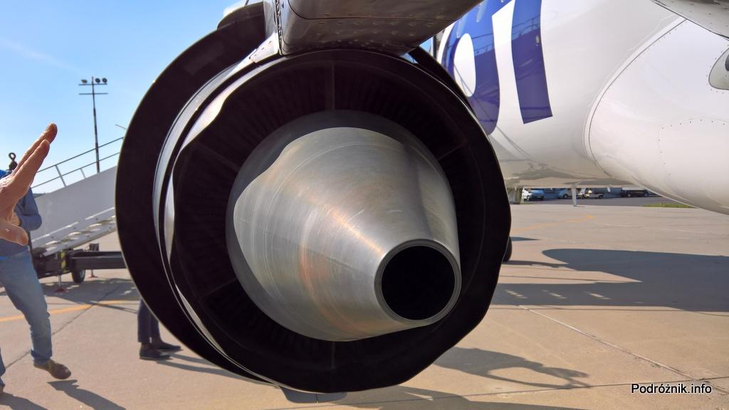 Polskie Linie Lotnicze LOT – Embraer 175 – SP-LIA - silnik widziany z tyłu – wrzesień 2017